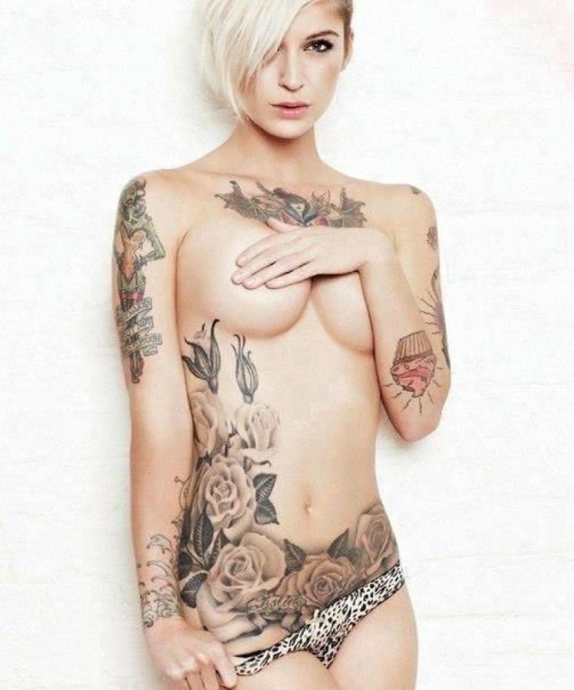 Nago sexy hot babe